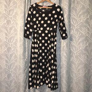 Dresses & Skirts - 3/4 sleeve polka dot fit & flare tea length dress.